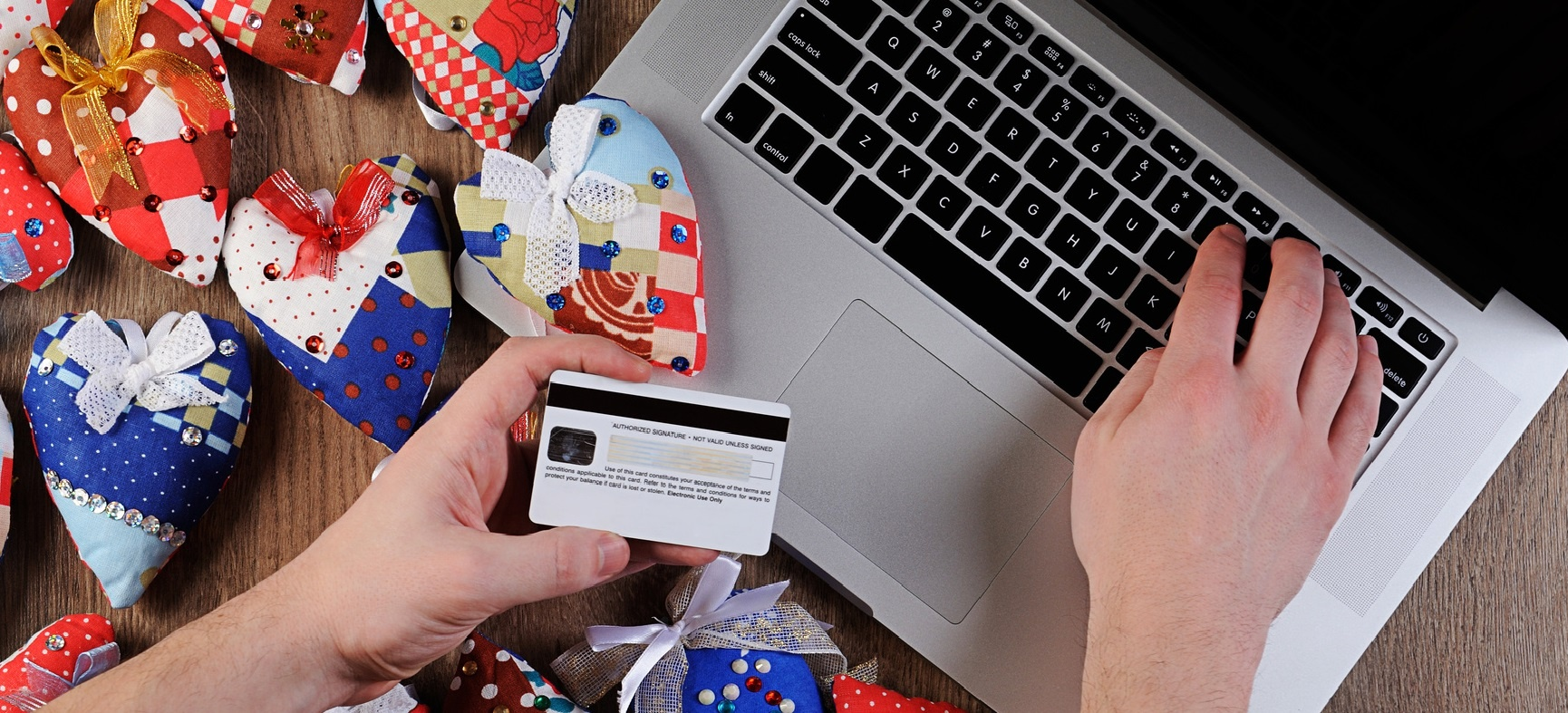 10 ways to protect yourself from fraud this Christmas